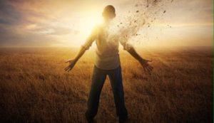 Homme impulsif qui se libère de ses peurs